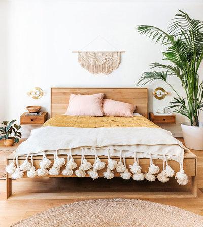 Skandinavisch Schlafzimmer by Erin Roberts Design