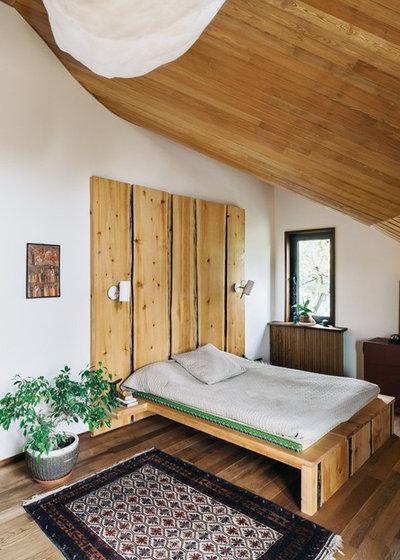 Кантри Спальня by OLGA IEVLEVA Interior design & decoration