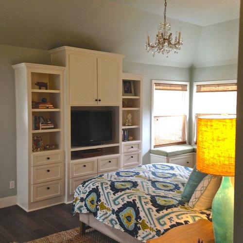 Chambre avec un sol en bambou et un mur vert photos et for Taille moyenne chambre