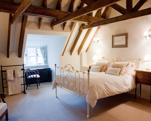 English cottage bedroom houzz for Cottage bedroom ideas