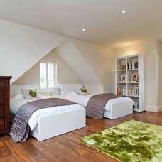 Contemporary Bedroom by A1 PMS