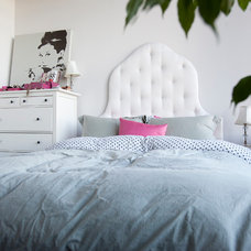 Contemporary Bedroom by New Wind Photography / Tim Snow Photography