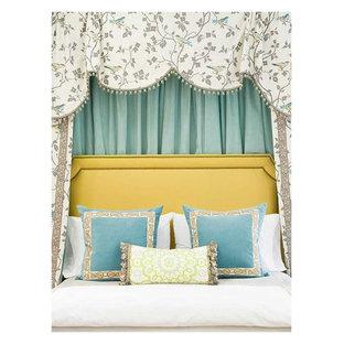 Foto de habitación de invitados clásica sin chimenea