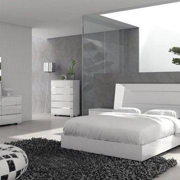Dream Modern Bedroom Set in Walnut - $2535.90