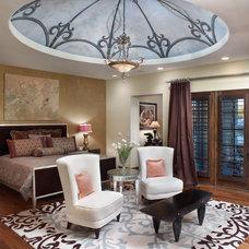 Traditional Bedroom by Dreambridge Design, LLC.