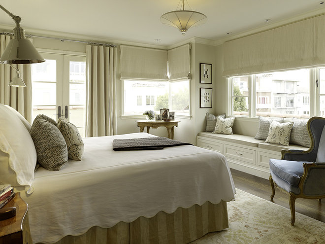 Traditional Bedroom by Artistic Designs for Living, Tineke Triggs