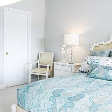 Contemporary Bedroom by Un Fauteuil Pour Deux