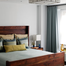 Contemporary Bedroom by wUNDERground