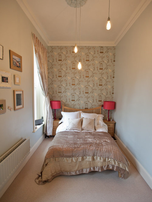 Long narrow bedroom ideas and photos houzz for Long bedroom ideas