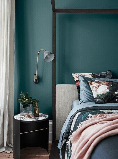 Contemporary Bedroom by Dulux Paint