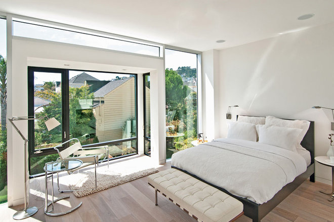 Modern Bedroom by Dumican Mosey Architects