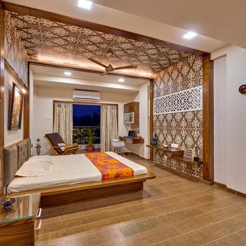 Camera da letto etnica con pavimento con piastrelle in ceramica ...
