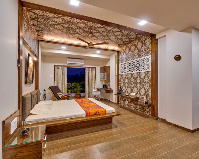 Indian Bedroom by CULTURALS INTERIOR DESIGNERS