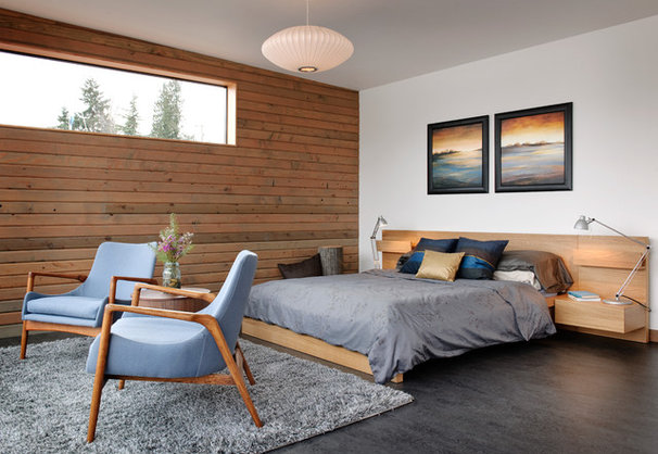Industrial Bedroom by Dyna Contracting