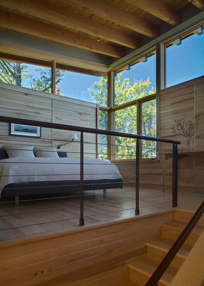 Rustic Bedroom by FINNE Architects