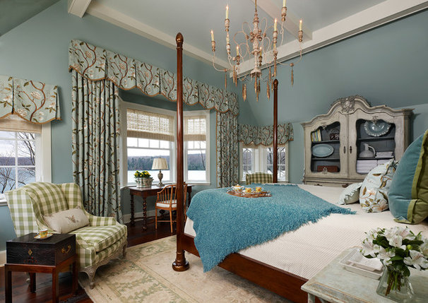 Traditional Bedroom by Joseph Mosey Architecture, Inc.