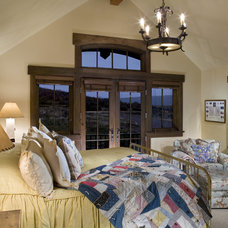 Traditional Bedroom by David Johnston Architects