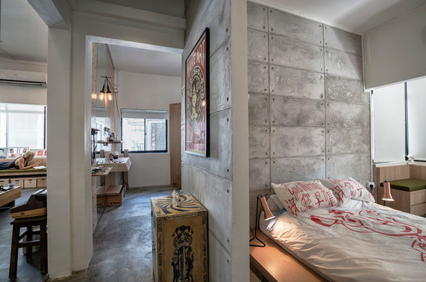 Industrial Bedroom by Obllique Pte Ltd