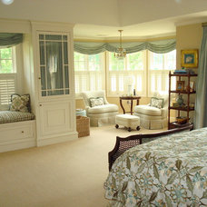 Traditional Bedroom by Polly Corn Design