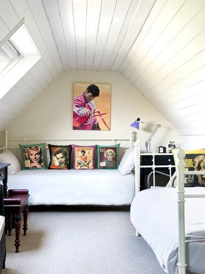 Eclectic Bedroom by Jamie Hempsall Ltd
