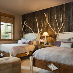 eclectic bedroom by Design Associates - Lynette Zambon, Carol Merica