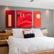 Eclectic Bedroom by BiglarKinyan Design Planning Inc.