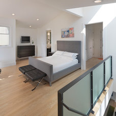 Contemporary Bedroom by Rossington Architecture