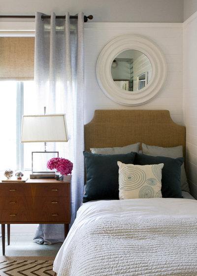 コンテンポラリー 寝室 by Erika Bierman Photography