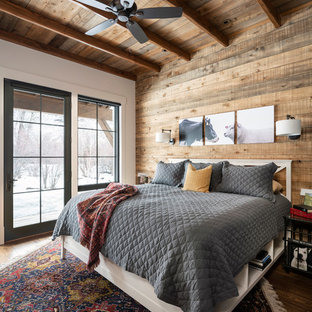 75 Beautiful Farmhouse Bedroom Pictures & Ideas | Houzz