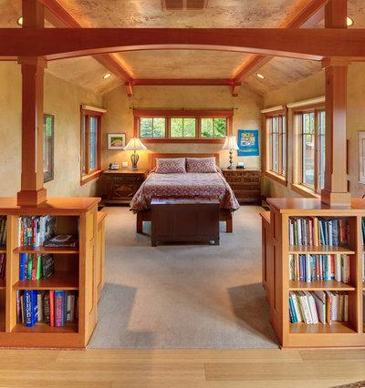 Traditional Bedroom by David Edrington, Architect