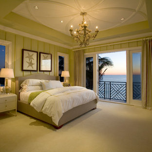 Inspiration for a large modern guest carpeted bedroom remodel in Miami with green walls and no fireplace