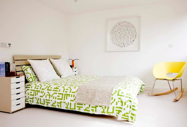 Contemporary Bedroom by 50 Degrees North Architects