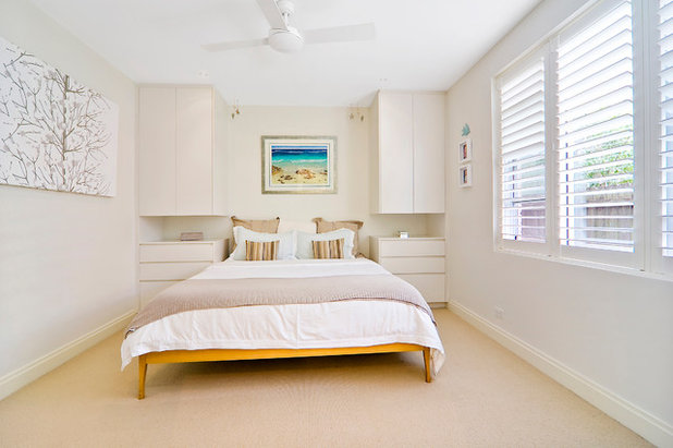 Contemporary Bedroom by Tanna Green Architects