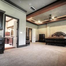 Mediterranean Bedroom by Fairmont Homes