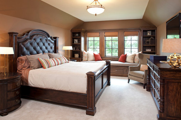 Traditional Bedroom by Eskuche Design