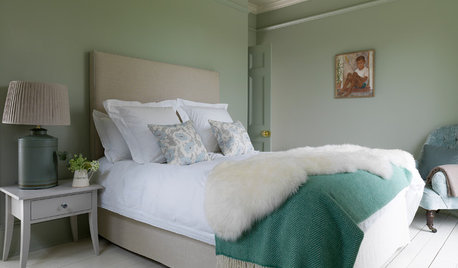 27 Ways Green Can Enhance Your Bedroom