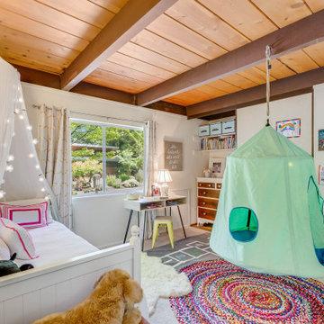 Family Nest : Girl's Room