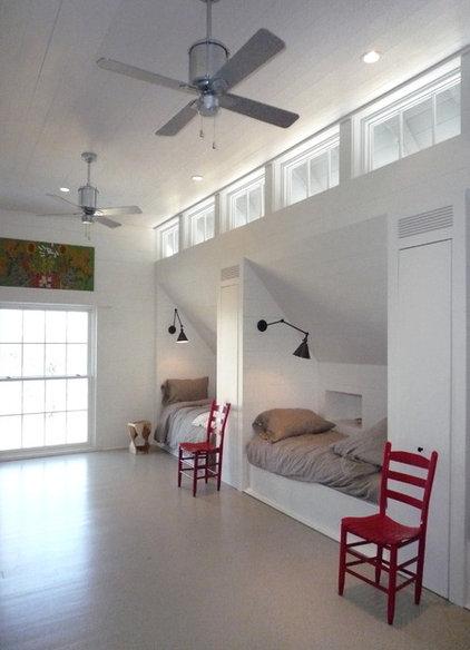 Farmhouse Bedroom by Pursley Dixon Architecture