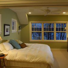 Farmhouse Bedroom by Ron Brenner Architects