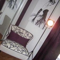Modern Bedroom by Devine Designs