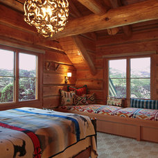 Rustic Bedroom by Yunker Associates Architecture