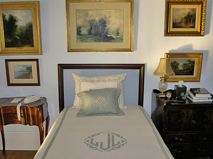 Traditional Bedroom by Casart Coverings