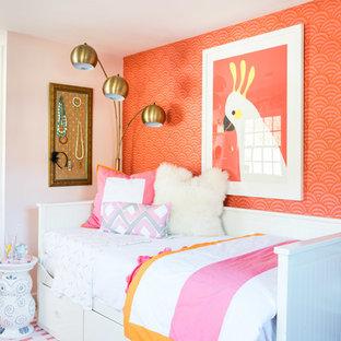 Idéer för ett klassiskt gästrum, med rosa väggar