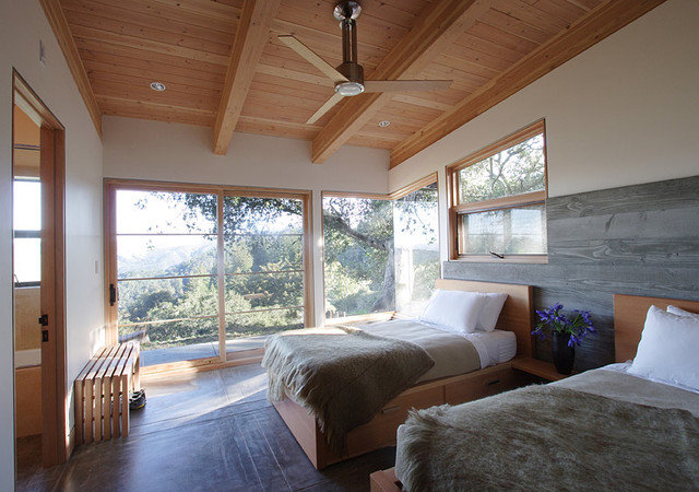 Modern Bedroom by Feldman Architecture, Inc.