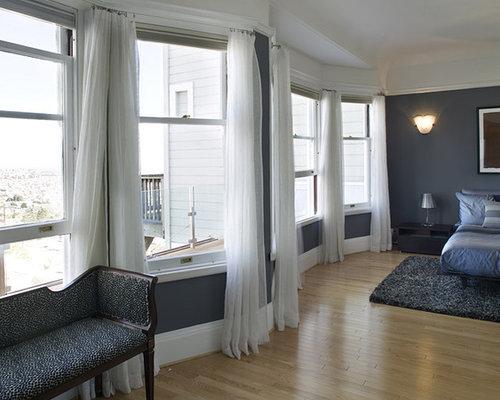 Modern bedroom idea in San Francisco