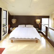 Eclectic Bedroom by Feldman Architecture, Inc.