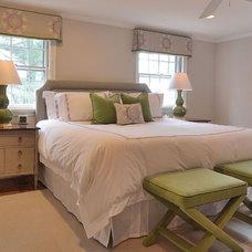 Modern Bedroom by Priscilla Fenlin Interiors