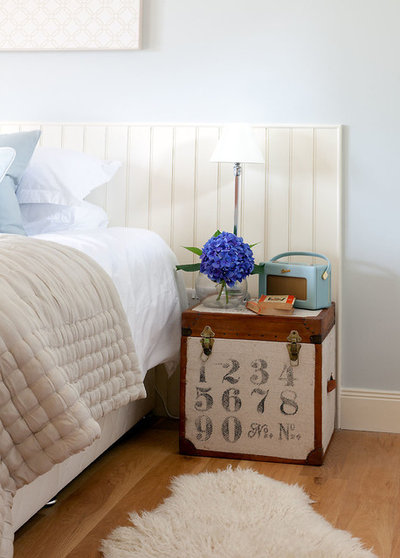 Transitional Bedroom by Robertson Lindsay Interiors. Tune In to Vintage Radios as Home Decor