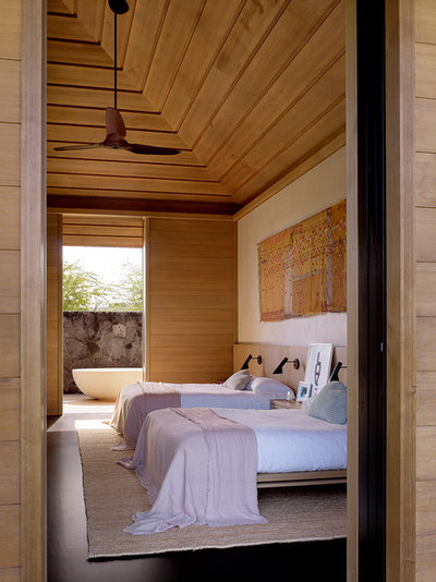 Contemporary Bedroom by ZAK Architecture