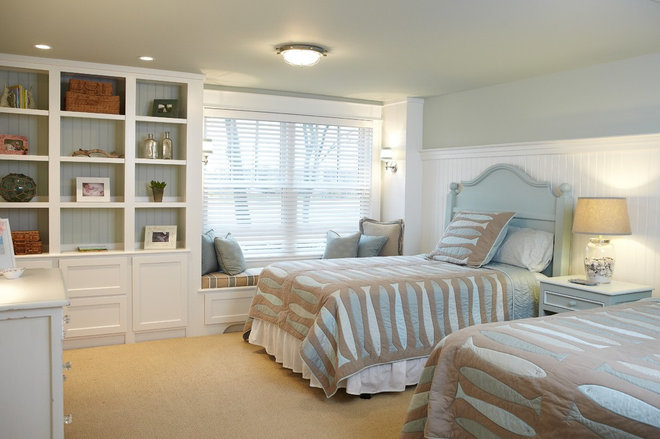 Traditional Bedroom by Sears Architects